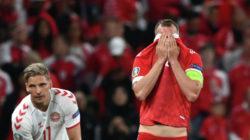 Дзюба извинился за поражение сборной России от Дании